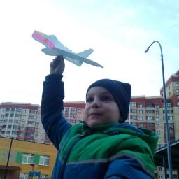 Сам сделал самолёт, кружок авиа моделирование в школе